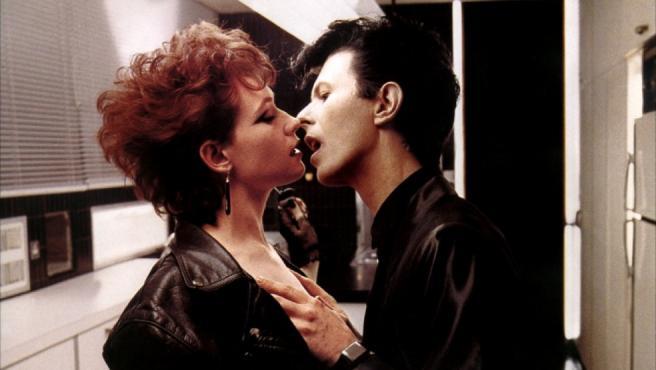 Susan Sarandon y David Bowie en 'El ansia'