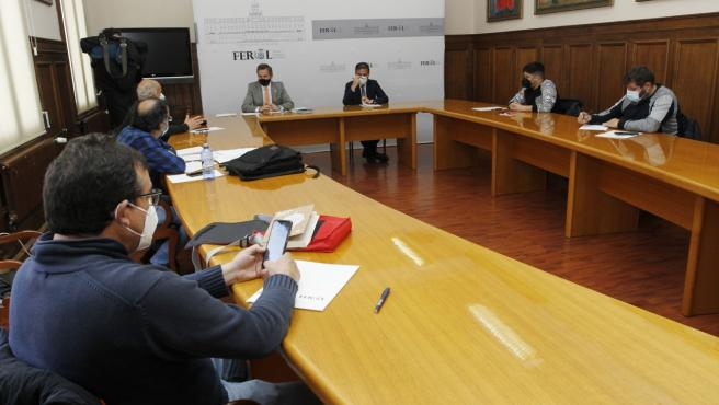 Los trabajadores del naval de Ferrol reclaman al delegado del Gobierno carga de trabajo para el astillero de Navantia