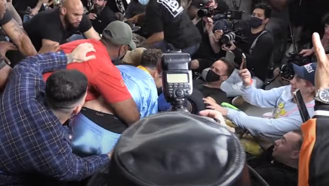 Batalla masiva que comenzó con la pelea entre el 'youtuber' Austin McBroom y el 'tiktoker' Bryce Hall
