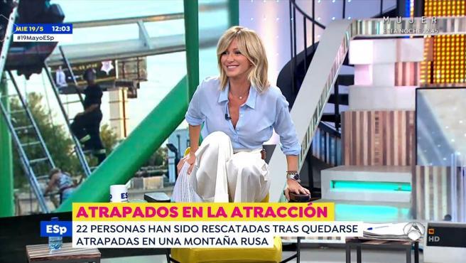 Susanna Griso escenifica cómo la sacaron de un baño de Antena3 Noticias.