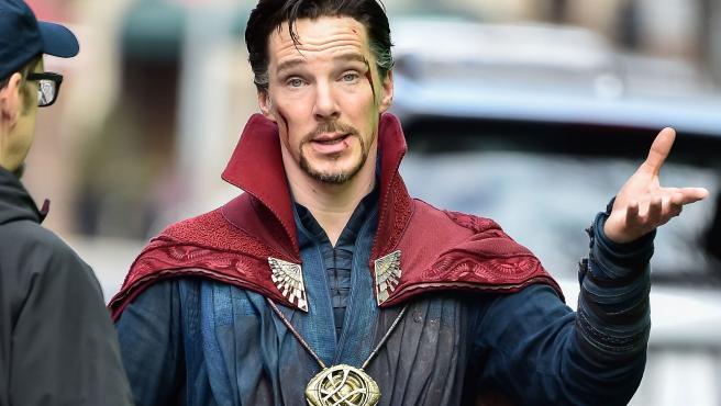 Benedict Cumberbatch en el rodaje de 'Doctor Strange'