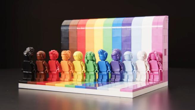 'Todo el mundo es fabulosos', el nuevo 'set' de Lego por el Orgullo LGTBI