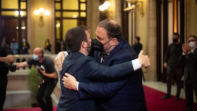 Aragonès celebra con Junqueras y su familia su nombramiento como presidente de la Generalitat