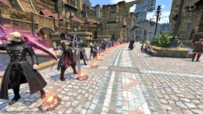 Jugadores de 'Final Fantasy XIV' rindiendo homenaje a Kentaro Miura.