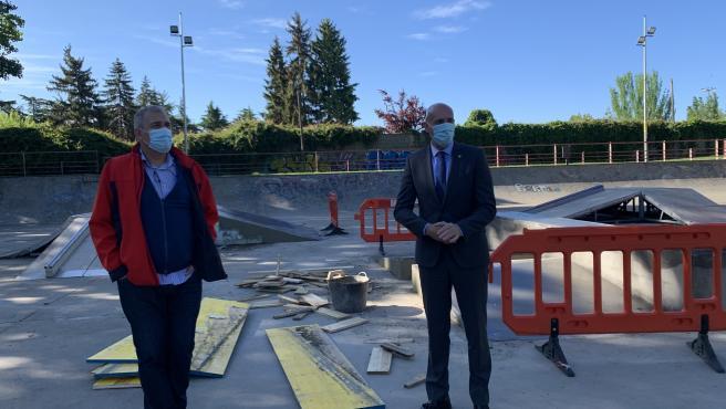 """Las obras remodelación de las pistas de 'Skate Park' en el Paseo de Papalaguinda de León avanzan """"a buen ritmo"""""""