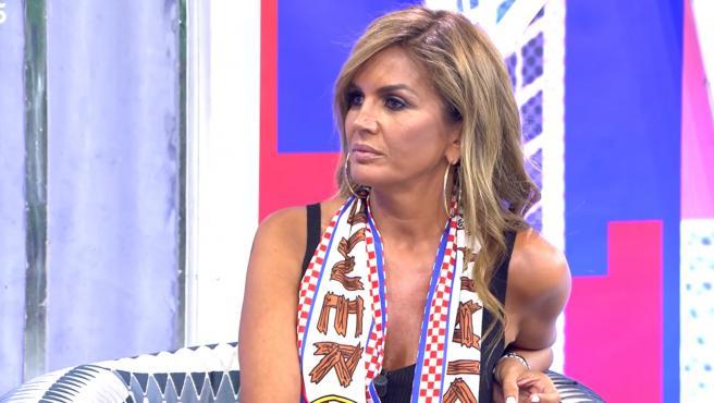 Marta López, en el plató de 'Sábado Deluxe'.