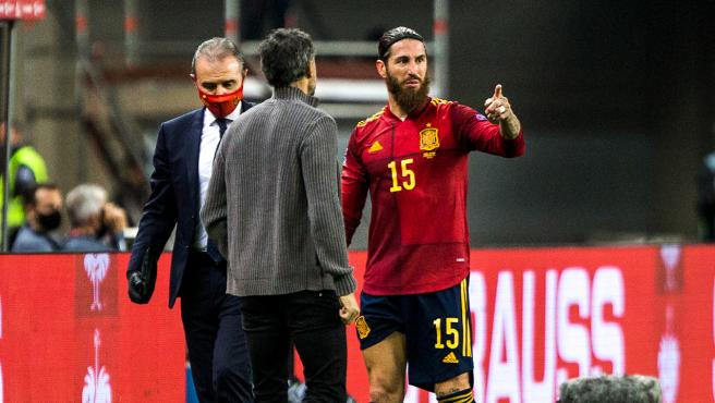 Luis Enrique and Sergio Ramos, during a match in Spain
