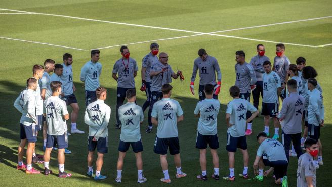 The men's U21, in a recent training.