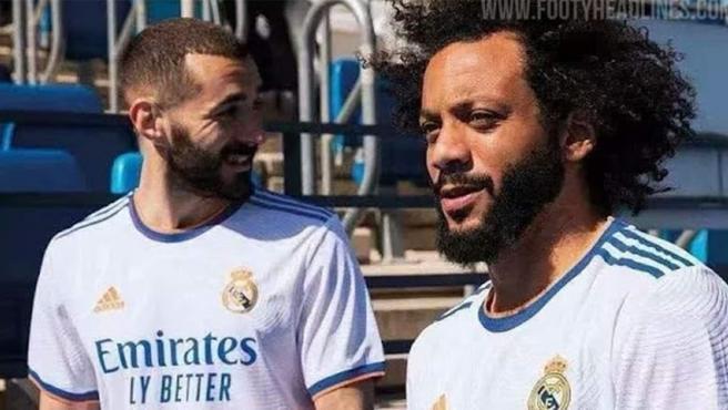 Benzema y Marcelo, con la camiseta nueva del Real Madrid