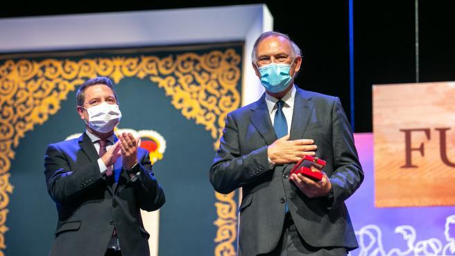 Piqueras y Perales reivindican su tierra como artífices de su éxito al recoger sus Medallas de Oro de C-LM