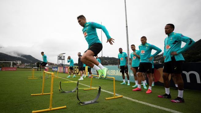 Casemiro, during a training session with Brazil