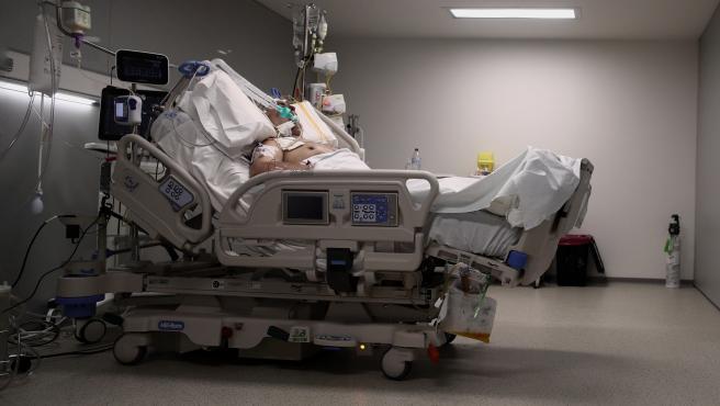 UCI del Hospital Isabel Zendal en la tercera ola de la pandemia