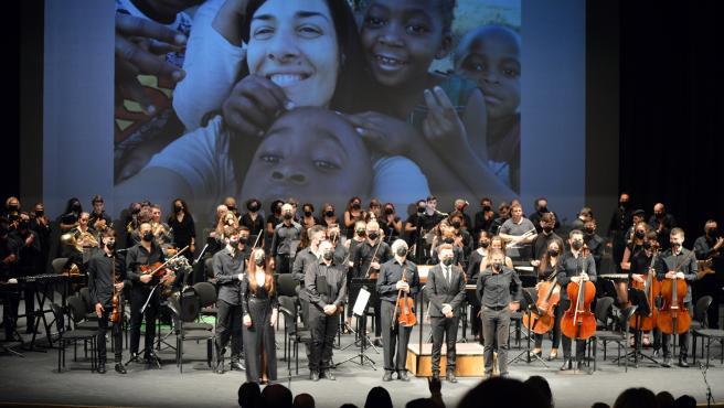"""El Auditorio se llena de solidaridad """"con los que cuidan"""" con la Orquesta y Coro del Hospital Torrecárdenas"""