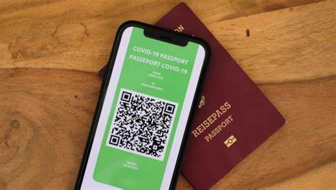 Los viajes por Europa desde la época COVID-19 se han vuelto más complicados. Sin embargo, eso podrá cambiar gracias al nuevo 'Certificado COVID Digital' que cualquier ciudadano europeo podrá solicitar a partir del 1 de julio. En España no han querido esperar hasta el mes que viene y ya ha activado el empleo de este pasaporte digital.