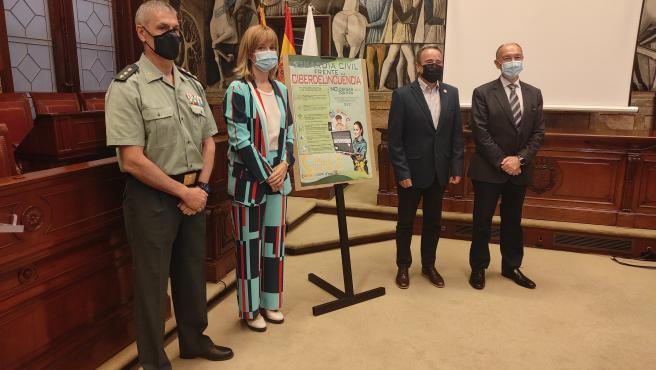 Delegación del Gobierno, DPZ y Guardia Civil lanzan una guía de prevención para evitar estafas tecnológicas