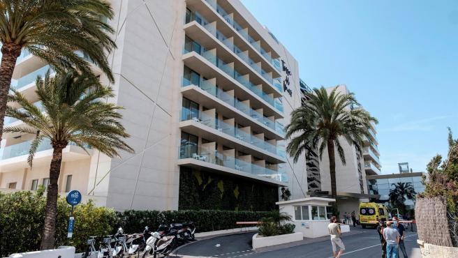 El hotel de Platja d'en Bossa, Ibiza.