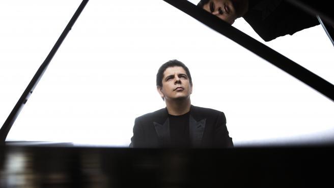 Javier Perianes y la OV recuerdan a José Iturbi con el concierto para piano de Grieg