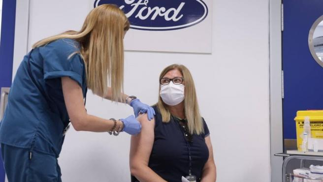 La planta valenciana de Ford Almussafes inicia la vacunación de empleados
