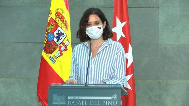 La presidenta de la Comunidad de Madrid, Isabel Díaz Ayuso, en la presentación del libro Libertad o Igualdad de Daniel Lacalle.