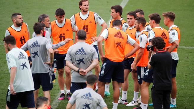 La selección española, en un entrenamiento.