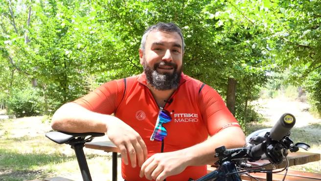 Rober Bodegas en la parodia de Pantomima Full de los ciclistas.