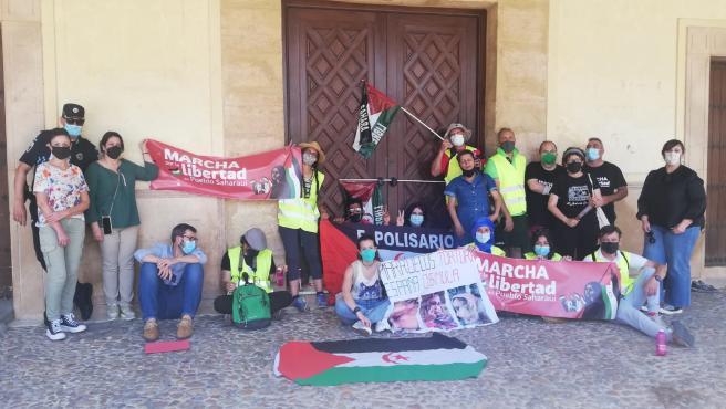 Una marcha por la libertad del pueblo saharaui recorre la región a pie para llegar a Madrid el día 18