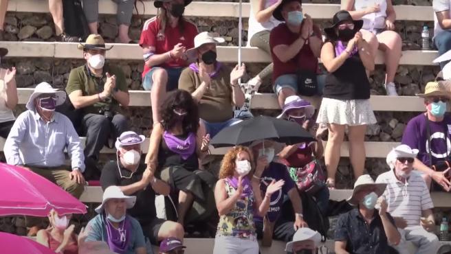 Ovación a Pablo Iglesias en la asamblea de Podemos.