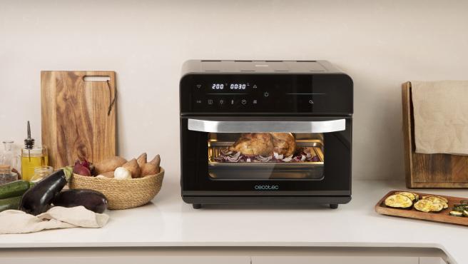 De tamaño compacto, pone a nuestra disposición 12 programas de cocina.