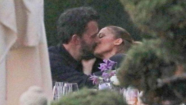 Beso de Ben Affleck y Jennifer Lopez