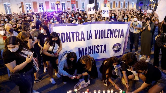 Concentración contra la violencia machista en la Puerta del Sol, en Madrid.