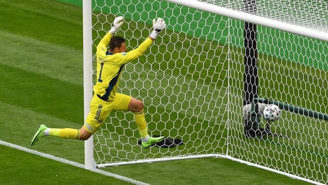 David Marshall, portero de Escocia, tras el gol de Schick