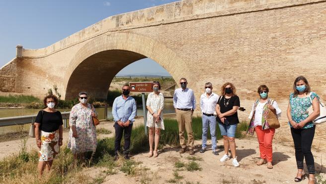 El Gobierno de Navarra restaura el puente de Cortes sobre el Canal Imperial para su uso por peatones y ciclistas