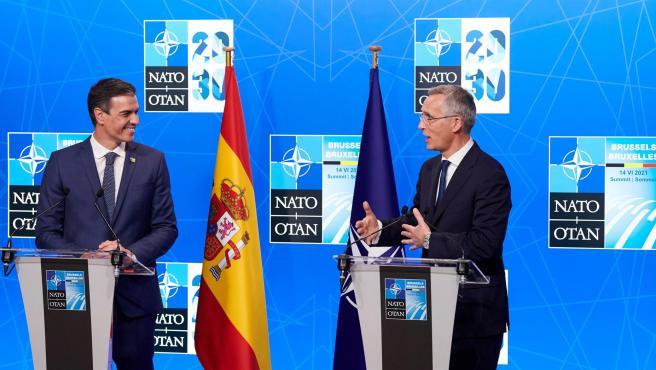 El presidente Sánchez y Jens Stoltenberg, secretario general de la OTAN, este lunes.