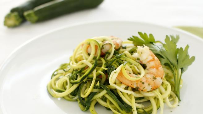 espaguetis-calabacin-con-gambas