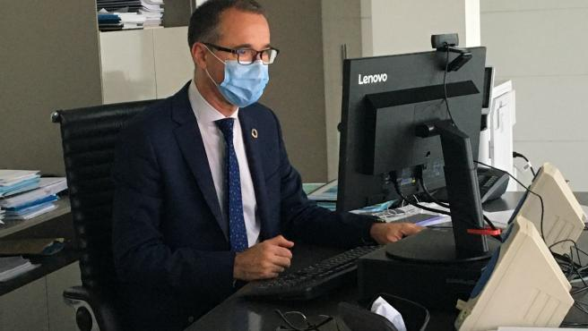 """""""En Asturias no tenemos prisa"""", afirma Muñiz sobre flexibilizar el uso de mascarillas en exteriores"""