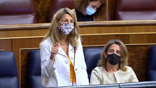 Yolanda Díaz replica las críticas del PP por la subida de la luz