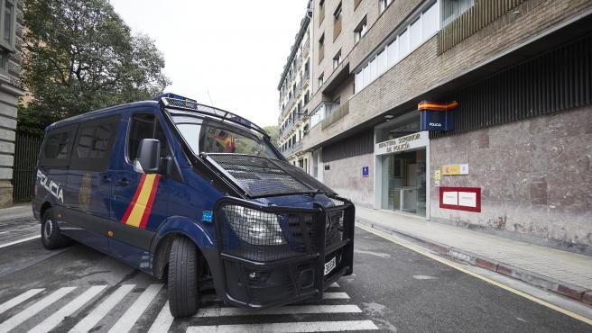 Policía Nacional alerta de una estafa a empresas haciéndose pasar por comerciales de una revista del cuerpo policial