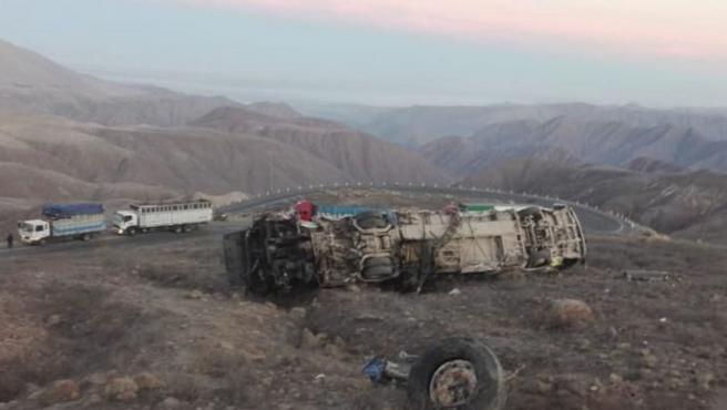 El autobús después del accidente.