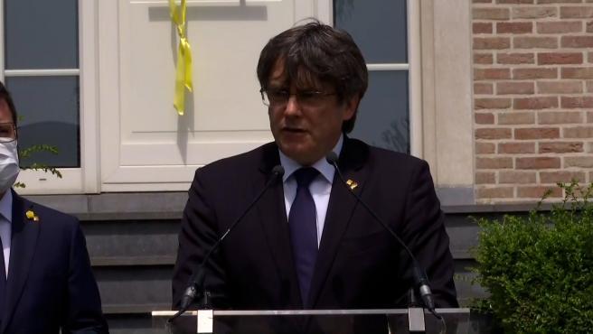 Puigdemont defiende la vía del referéndum pactado con el Estado