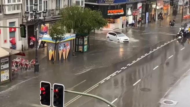 Inundaciones a causa de la tormenta en Santander.