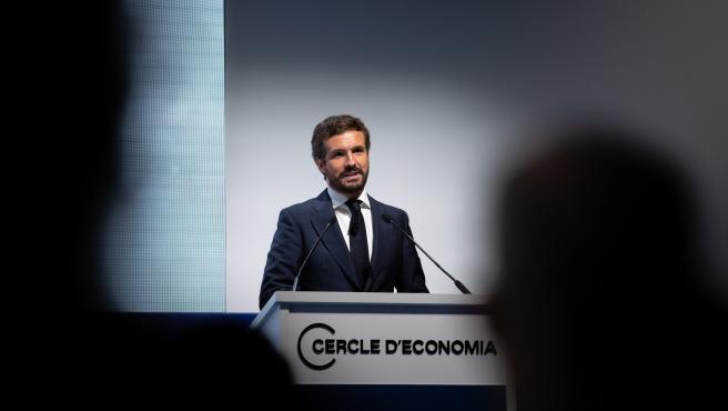 """Casado acusa a Sánchez de """"desarmar el Estado de derecho para permanecer dos años más en el poder"""""""