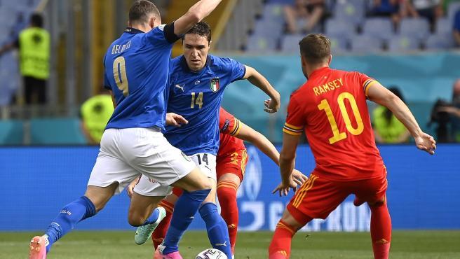 Italia vence a Gales y termina con paso perfecto la fase de grupos de la Eurocopa