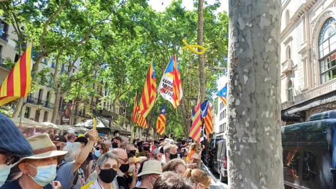 La concentración frente al Liceo.