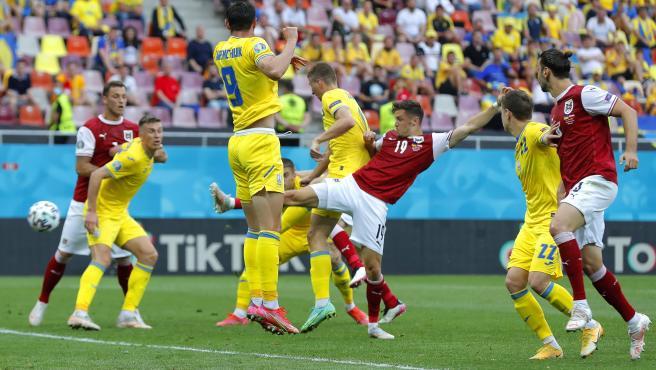 Baumgartner remata durante el Ucrania - Austria