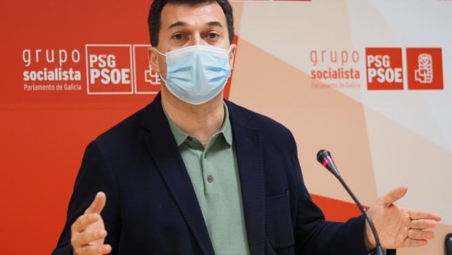"""G. Caballero asegura que el PSdeG apoya el traspaso de la AP-9 a Galicia pero ve """"prioritario"""" la rebaja de los peajes"""
