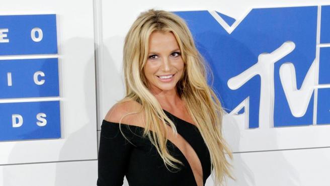 Britney Spears, en la alfombra roja de los MTV Video Music Awards, en Nueva York, en 2016.