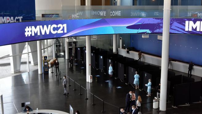Vista de la Fira de Barcelona con los preparativos para la celebración del Mobile World Congress 2021.