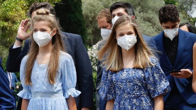 La infanta Sofía y la princesa Leonor acuden a la entrega de los Premios Princesa de Girona.