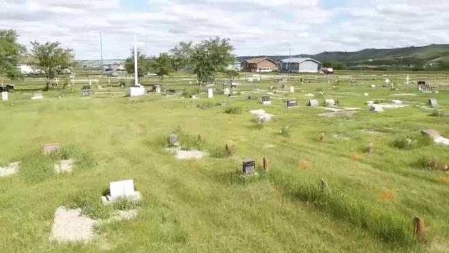Terrenos de la antigua residencia escolar de para niños indígenas de Marieval, en Saskatchewan (Canadá), donde se localizaron 751 tumbas no identificadas.