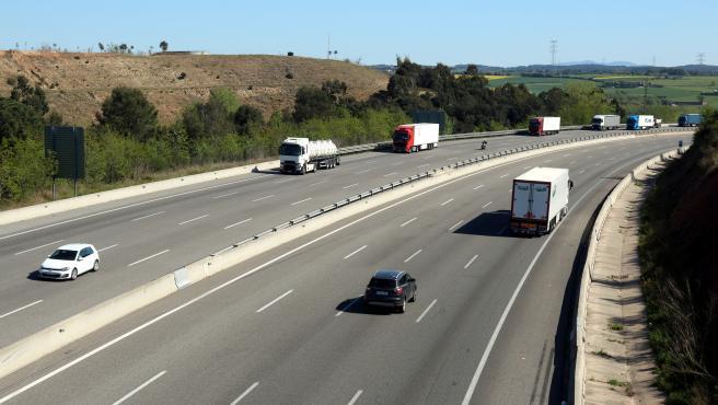 Autopista AP-7 a la altura de Sant Julià de Ramis (Girona).